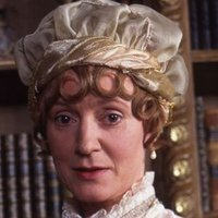 Mrs. Gardiner played by Joanna David