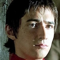 Gaius Maecenas played by Alex Wyndham