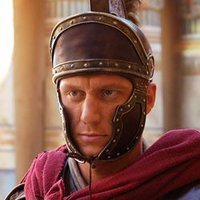 Lucius Vorenus played by Kevin McKidd