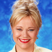 Hilda Spellman played by Caroline Rhea