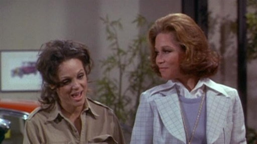 S03E24 Mary Richards and the Incredible Plant Lady