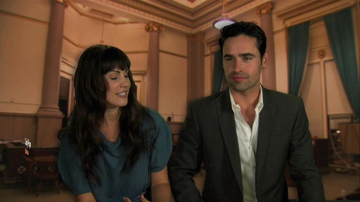 S1E0 Fan Q&A With Carly Pope and Jesse Bradford