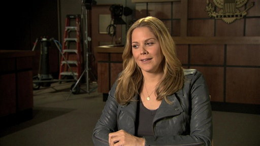 S0E0 Mary McCormack On Season 4