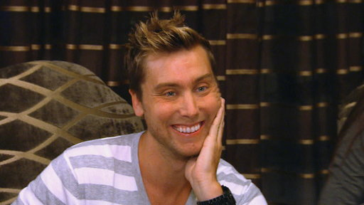 S07E711 Lance Bass in the House