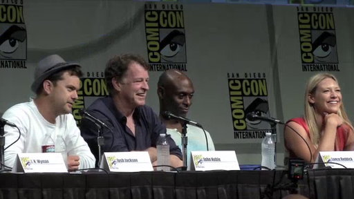 S4E0 Fringe Panel at Comic Con, Part 1