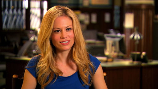 S2E22 Claire Coffee Talks Grimm Season 2