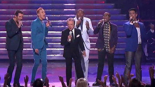 S12E36 The Top 5 Guys and Frankie Valli Perform a Medley
