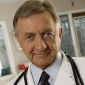 Dr. Bob Kelso played by Ken Jenkins