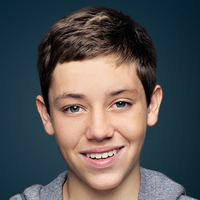 Carl Gallagher  played by Ethan Cutkosky