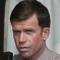 Deputy Chief David Hale played by Taylor Sheridan