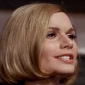 Doctor Elizabeth.Dehner played by Sally Kellerman
