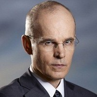 Blake Sterling played by Zeljko Ivanek