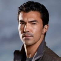 Simon Lee played by Ian Anthony Dale