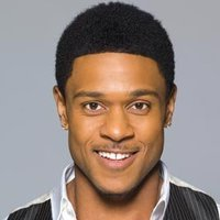 Derwin Davis played by Pooch Hall