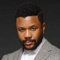 Malik Wright played by Hosea Chanchez