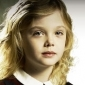 Anna Miller played by Elle Fanning