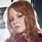 Jilly Kitzinger played by Lauren Ambrose