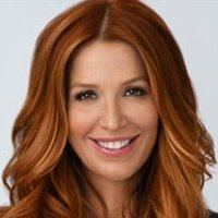 Detective Carrie Wellsplayed by Poppy Montgomery