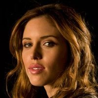 Vicki Donovan played by Kayla Ewell