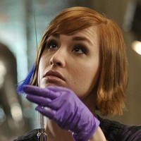 Claudia Donovan played by Allison Scagliotti